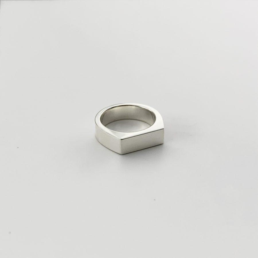 Indai pinky ring